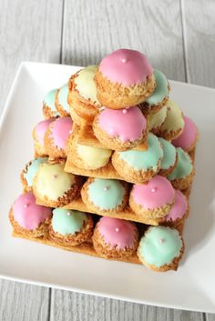 If you're in the mood to really go to town with your next Easter dessert, this gorgeous pastel Croquembouche is just the ticket! I've wanted to make one of these for years! Mini Desserts, Gourmet Desserts, Dessert Recipes, Profiteroles, Eclairs, Fancy Cakes, Mini Cakes, Buffet Dessert, French Patisserie