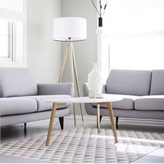 Je interieur houdt je rustig door gebruik te maken van pasteltinten. Met (semi-)transparante rolgordijnen van jaloezieenverkoop.nl maak je het plaatje compleet!