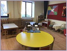 Η ζωή στο Νηπιαγωγείο!: Δανειστική Βιβλιοθήκη Conference Room, Table, Furniture, Home Decor, Decoration Home, Room Decor, Meeting Rooms, Tables, Home Furnishings