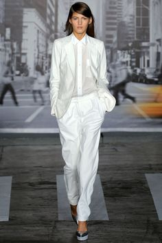 DKNY Spring 2013 Ready-to-Wear Collection Photos - Vogue