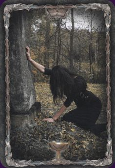 5 of Cups - Tarot Gothica