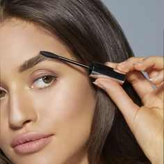 Brow Liner Eye Makeup For Full, Defined & Shaped Eyebrows by Maybelline. Create refined, natural-looking brows with the best liners that match your skin shade.