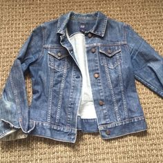 """Gap denim jacket Perfectly broken in denim jacket! Dark wash with button detailing. Length from shoulder is 22"""".  Stretch denim so it moves with you GAP Jackets & Coats"""