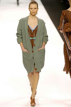Chloé | Fall 2004 Ready-to-Wear Collection | Style.com Classic Chloe by Phoebe Philo, model Natasha Poly