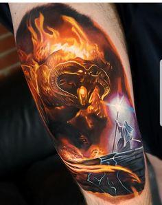Gandalf vs The Balrog by tattoo Jordan Croke - Tattoo - Tattoo-Ideen Tolkien Tattoo, Tatouage Tolkien, Gandalf Tattoo, Hobbit Tattoo, Lotr Tattoo, Pagan Tattoo, Tattoos Skull, Ring Tattoos, Body Art Tattoos