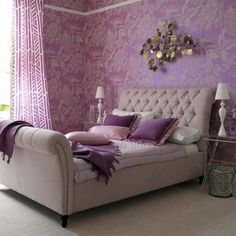 love the sleigh bed