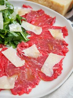 If you're looking for an impressive appetizer, whether for a dinner party, date night or Valentine's day, then beef carpaccio has to be on your list to try. It's really easy to make, but is elegant and delicious.
