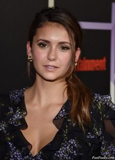 Nina Dobrev - Entertainment Weekly's Annual Comic-Con : Global Celebrtities (F) - FunFunky.com