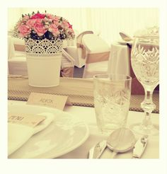 vintage wedding decor Wedding Decorations, Table Decorations, Vintage, Home Decor, Decoration Home, Room Decor, Wedding Decor, Vintage Comics, Home Interior Design