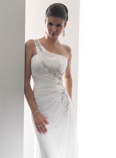 Wedding Dress: Soterro and Midgley Bridal - Teagan