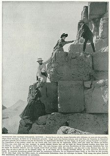 Climbing the pyramid of Cheops around 1900 | par Michiel2005