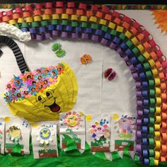 Spring bulletin board - Wish we could have bulletin boards at our preschool Spring Bulletin Boards, Preschool Bulletin Boards, Classroom Board, Classroom Bulletin Boards, Classroom Decor, Bullentin Boards, Preschool Crafts, Crafts For Kids, Preschool Ideas