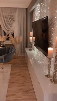 Cute Living Room, Glam Living Room, Decor Home Living Room, Living Room Designs, Home Design Decor, Home Decor Styles, Home Interior Design, House Design, White Room Decor