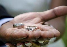 Cómo celebrar el primer aniversario de boda - 7 pasos
