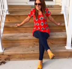 LuLaRoe Classic T is a piece everyone should have in their closet! || Shop with me at facebook.com/groups/lularoesamanthabelle