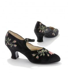 Schoenen 1930s Shoes, Character Shoes, Dance Shoes, Fashion, Dancing Shoes, Moda, Fashion Styles, Fashion Illustrations