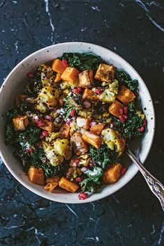 Veggie Recipes, Salad Recipes, Vegetarian Recipes, Healthy Breakfast Recipes, Healthy Eating, Healthy Recipes, Good Food, Yummy Food, Halloumi