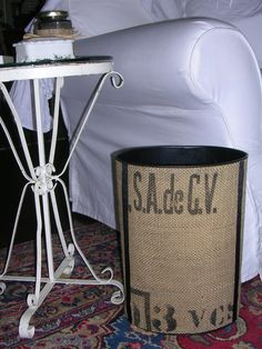 Used the last few burlap coffee sack scraps to recover an old metal trash can.