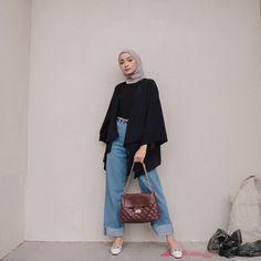 Hijab Casual, Modest Fashion Hijab, Modern Hijab Fashion, Street Hijab Fashion, Hijab Chic, Muslim Fashion, Minimal Fashion, Cute Casual Outfits, Fashion Outfits
