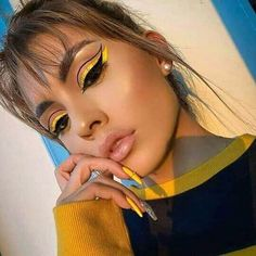 Edgy Makeup, Makeup Eye Looks, Eye Makeup Art, Colorful Eye Makeup, Crazy Makeup, Cute Makeup, Pretty Makeup, Beauty Makeup, Hair Makeup