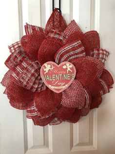 Items similar to Red valentines poly burlap flowers everyday wreath, screen door wreath on Etsy Diy Valentines Day Wreath, Valentines Day Decorations, Valentine Ideas, Valentine Crafts, Sunflower Burlap Wreaths, Burlap Flowers, Diy Wreath, Door Wreaths, Wreath Ideas