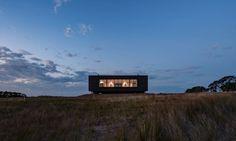Ecoliv designed and built a prefab, off-grid farmhouse on Australia's French Island.