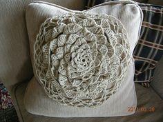 Ravelry: Crochet flower cushion pattern by Marie Wallin