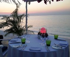 Experience a special dinner by the beach side with a gorgeous Maldivian sunset as your backdrop at Four Seasons Resorts Maldives at #KudaHuraa. Pin it if you wish you were here!