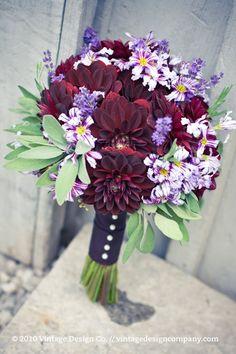 Niagara on the Lake Wedding Florist // Purple Bride's Bouquet