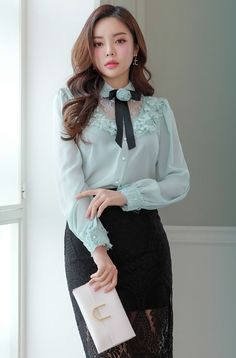 Shop feminine & adorable Korean clothing, bag, shoes, acc for an instant charm! Classy Outfits, Stylish Outfits, Cute Dresses, Beautiful Dresses, Hijab Fashion, Fashion Dresses, Sexy Bluse, Hijab Stile, Moda Chic