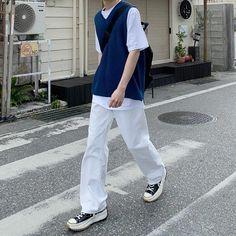 T Shirt Streetwear, Korean Streetwear, Style Streetwear, Streetwear Fashion, Korean Outfits, Retro Outfits, Trendy Outfits, Cute Outfits, Outfits