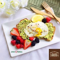Special thanks to @wholeandhealthy for this yummy shot of our @julianbakery #coconut #paleobread that is #lowcarb #lchf #keto ##glutenfree #grainfree #gmofree and best of a delicious! Avail also in almond, cinn raisin, and honey! Buy this and 100's of other items like #paleobars #paleoprotein #coconutwraps #paleocrackers #paleocereal #paleochocolate and