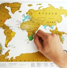 15 Travel Gift Ideas (Scratch off map)