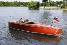 1941 Chris Craft Custom Runabout Barrel Back For Sale Speed Boats, Power Boats, Runabout Boat, Classic Wooden Boats, Wooden Boat Building, Chris Craft, Old Boats, Boathouse, Boats For Sale