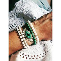 White ➕turquoise #ohsocutethings #handmade #jewelry #greekdesigners #greekdesigner #madeingreece #instapic #instajewels #summertime #summerlook #summerdays #greeksummer #beachdays #sand #beachvibes #greekisland #resortwear #sea #sun #summer #boho #bohemian #bohochic #hippiechic #hot #resortwear#bracelet