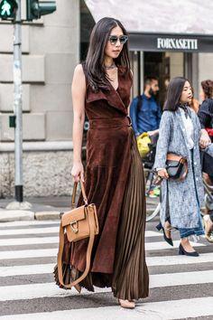 Street Fashion Milan N°251 2017 - Street (#27180) Tomboy Fashion, Fashion Outfits, Womens Fashion, Style Fashion, Fashion Jewelry, Fashion Trends, Cool Street Fashion, Street Style Women, Sartorialist