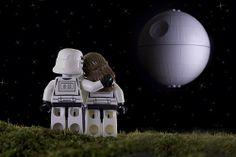 LEGO Star Wars romance!