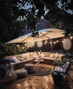 Apr 2020 - Page dedicated to home and interior design enthusiasts. See more ideas about Home decor, Interior design and Home. Outdoor Rooms, Outdoor Gardens, Outdoor Living, Outdoor Decor, Backyard Patio Designs, Backyard Landscaping, Backyard Hammock, Patio Ideas, Ideas Terraza
