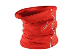 This Nike Thermal Neckwarmer will be sure to keep you insulated when the temperature drops. Site Nike, Nike Store, Run Happy, Workout Gear, Workout Tips, Neck Warmer, Fitness Fashion, Winter Outfits, Winter Clothes