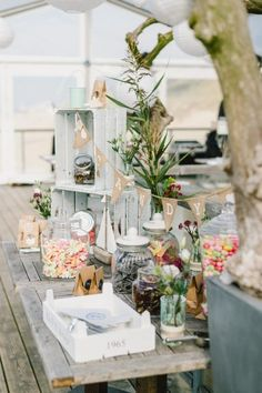Marry me: These are the most beautiful wedding decoration trends - Wedding Deco Sweet Table Wedding, Diy Wedding, Rustic Wedding, Wedding Gifts, Wedding Flowers, Wedding Ideas, Summer Wedding Decorations, Wedding Themes, Wedding Events