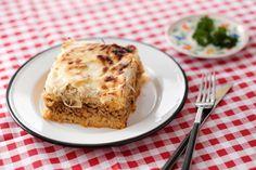 Egy finom Rakott káposzta - a hagyományos recept ebédre vagy vacsorára? Rakott káposzta - a hagyományos recept Receptek a Mindmegette.hu Recept gyűjteményében!