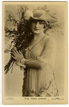 C1907 Lovely Lady Theater Star Peggy Kurton