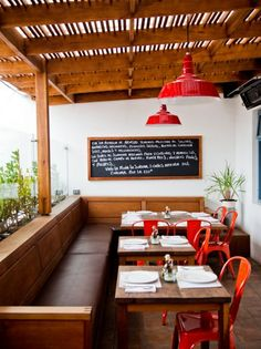 ABASTO One of the culinary pioneers of the now-trendy Usaquén neighborhood, Abasto is part charming restaurant, part grocery store that sto...