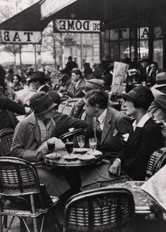 Le Dôme Café, Montparnasse, Paris, Photo by Andre Kertesz. Paris 1920s, Old Paris, Vintage Paris, Vintage Cafe, Andre Kertesz, Le Dome Paris, Vintage Photography, Street Photography, Urban Photography