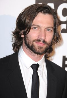 Get to know Michiel Huisman, the handsome actor who stars in The Age of Adaline! (You may also recognize him from Nashville, Orphan Black, or Game of Thrones!)