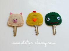 ATELIER CHERRY: Capas de feltro para chaves