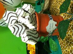 Zebra cakes jungle safari birthday party snaks