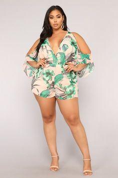 Plus size romper, plus size shorts, plus size outfits, plus size Big Girl Fashion, Curvy Women Fashion, Plus Size Fashion, Womens Fashion, Fashion Edgy, Cheap Fashion, Fashion Styles, Fashion Boots, Fashion Ideas