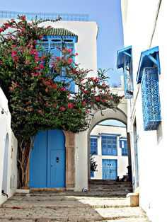 Somewhere in Tunisia where I would love to be!
