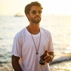 Her şey #birlikteguzel 🌵 @birlikteguzel Handsome Actors, Turkish Actors, Mens Sunglasses, My Favorite Things, Celebrities, People, Instagram, Prince, Fashion